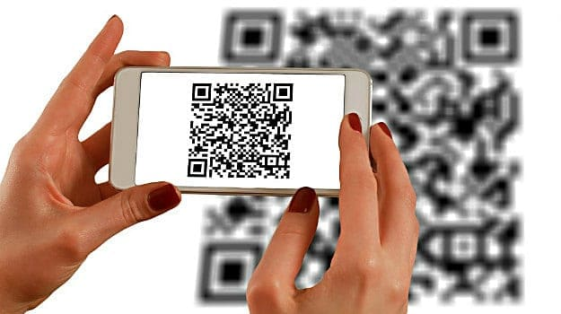 Decode the QR Code with Your Camera | iPhone Features You Need To Know | Tips & Tricks Apple Is Not Telling | latest Apple iPhone features and benefits