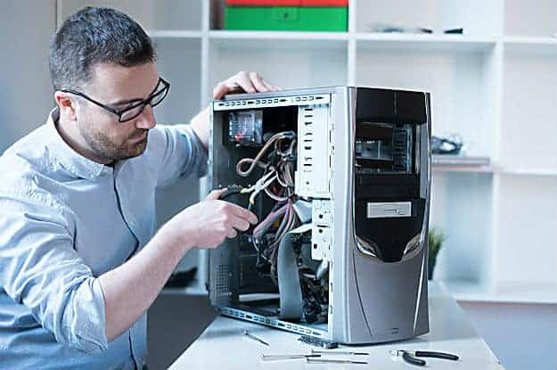 Distorted Letters or Characters | Troubleshoot Common Video Card Problems With These Simple Fixes | No Display After Installing Graphics Card | how do you know if your graphics card is broken
