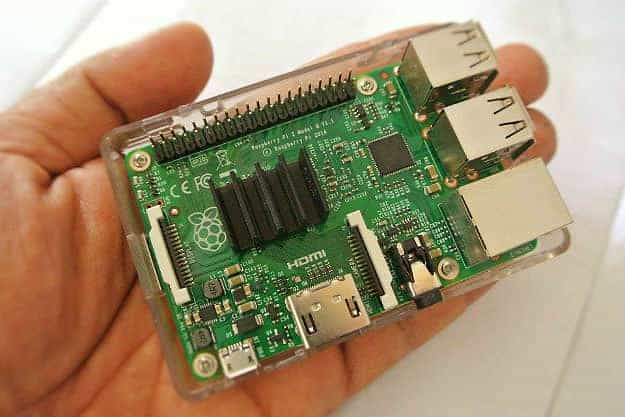 Raspberry Pi | Smart Home Automation System To Install Before The Holidays