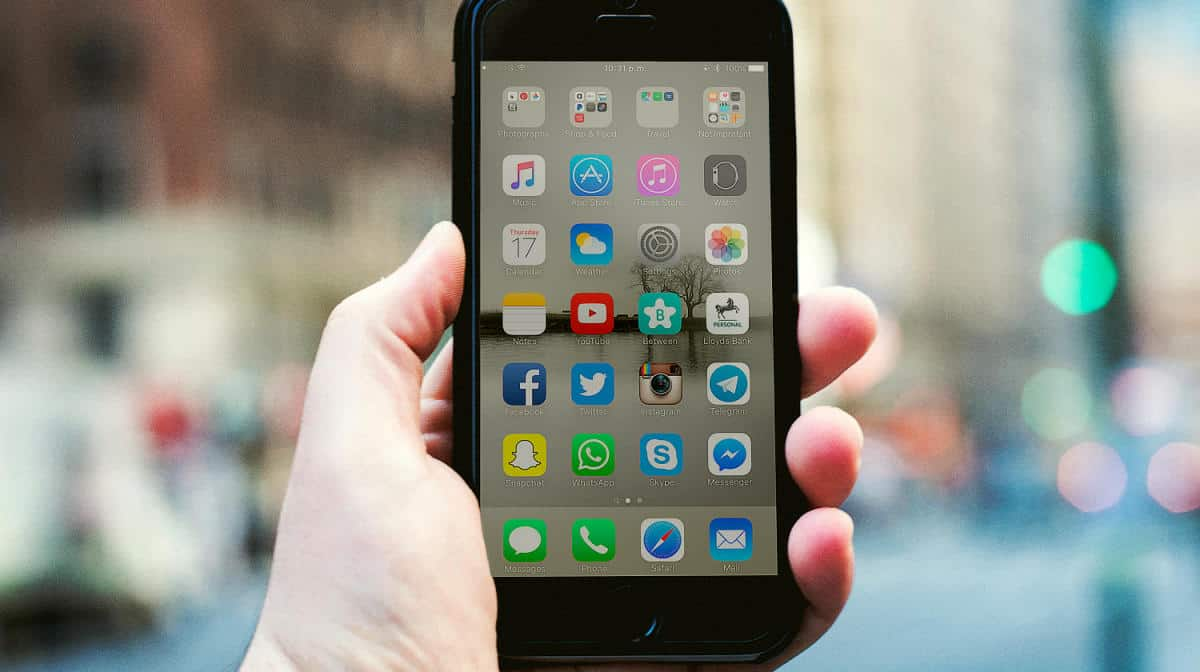 10 Helpful iPhone Apps for First Time Users | Best iOS Apps To Download Now