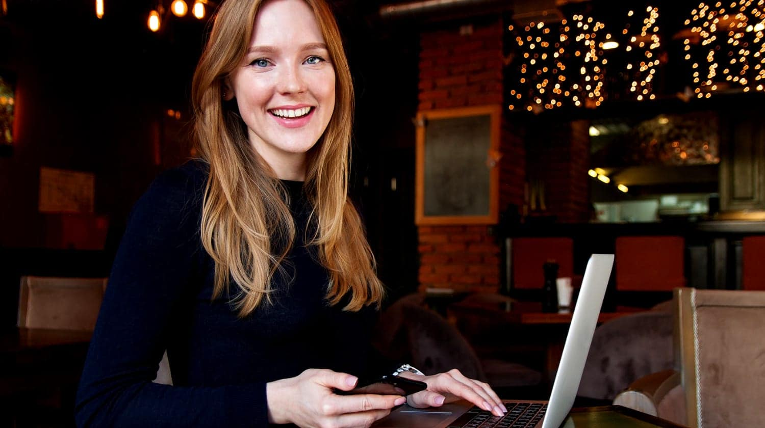Feature   business lady with her laptop   Did You Know You Can Unsend Gmail Messages?