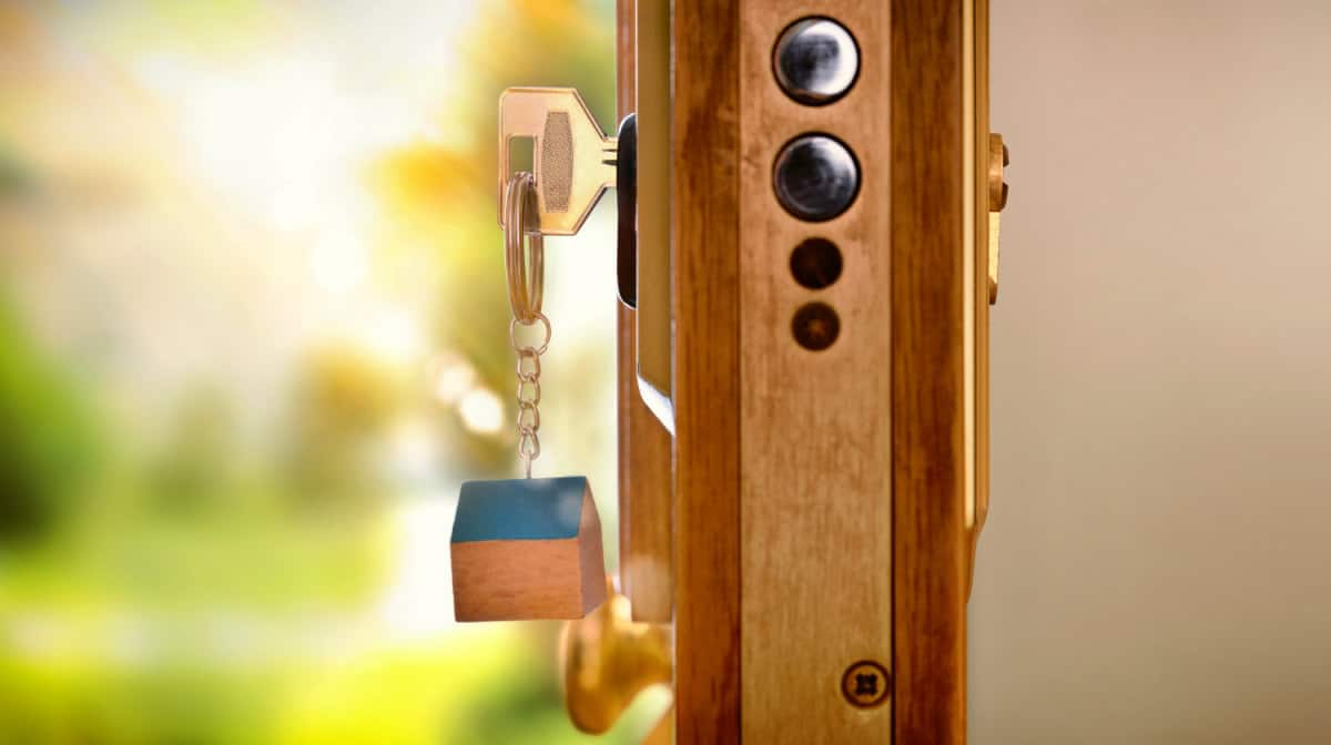 Door selection keys lock | The Ultimate Smart Home Systems Buying Guide