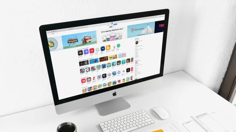Feature   Computer laptop screen technology   How To Use iTunes   A Step-by-Step Guide