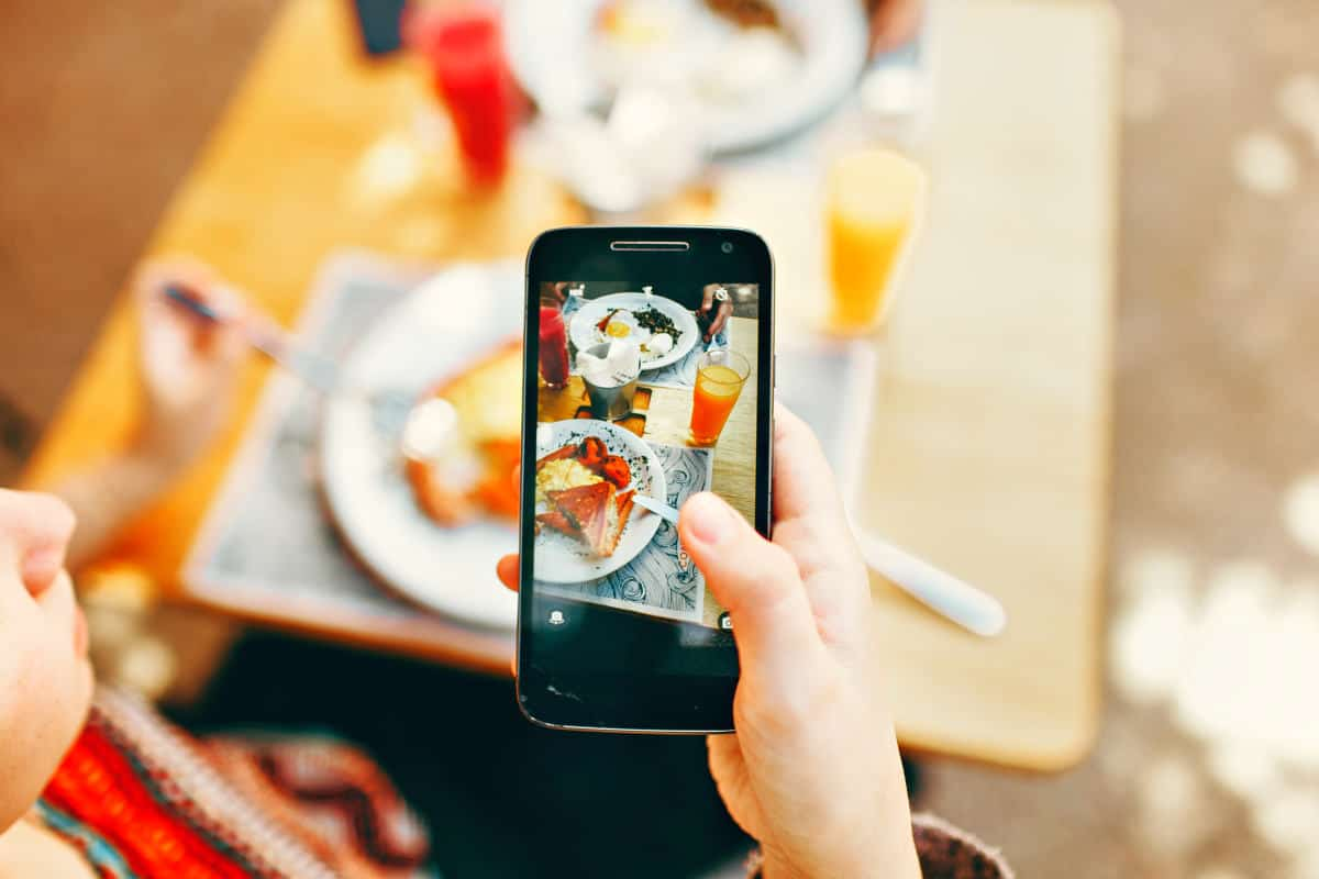 Taking picture of served food | What Do You Think About Shoebox For Photo And Video Storage?