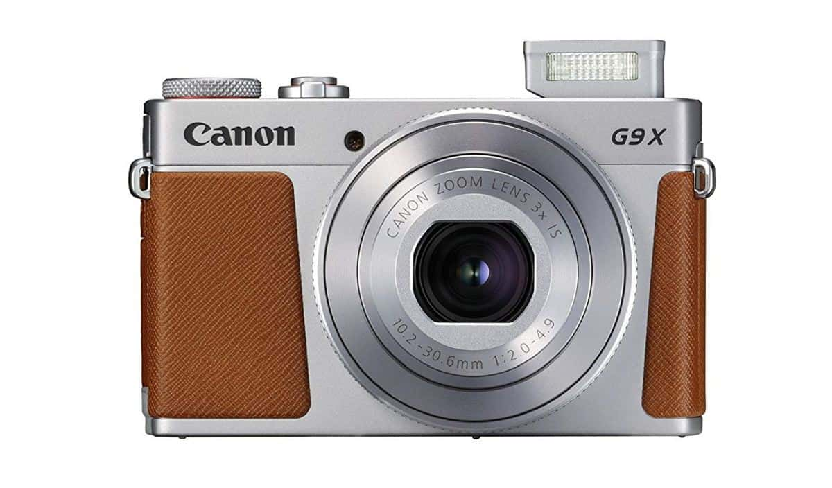 Canon PowerShot G9 X Mark II | Must-Have Spring Break Travel Essentials