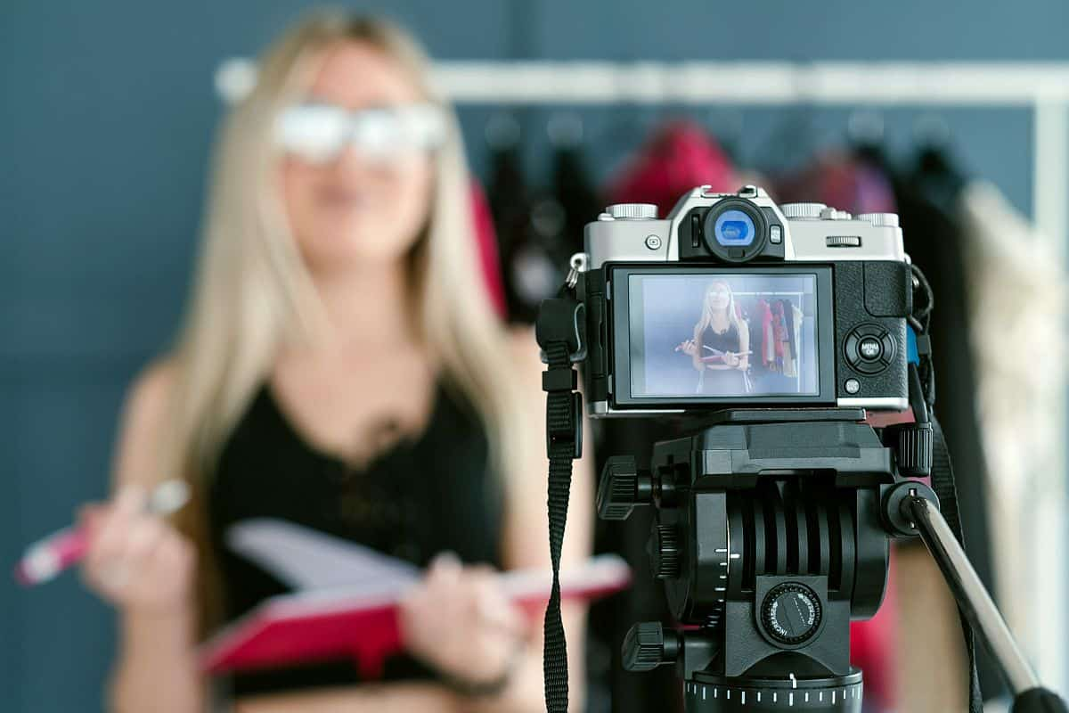 Woman creating video content | Choosing The Right Memory Card For All Your Gadgets