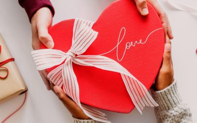 Feature | Red heart shape gift | Valentine's Day Gift Ideas For Techies