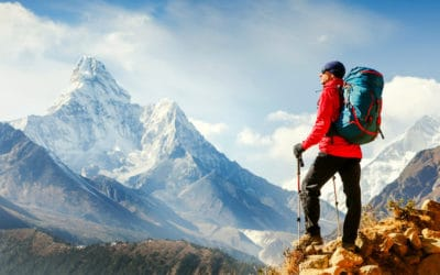 Active hiker enjoying the view | Best Hiking Gear and Gadgets You Should Buy This Fall | hiking gear list | Featured